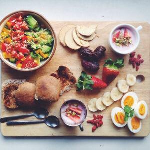 vassoio legno cibo sano
