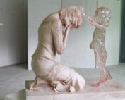 Scultura dedicata ai bambini non nati